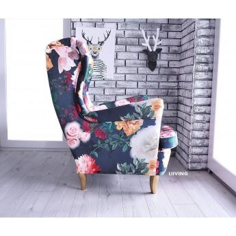 Fotel uszak w pięknych różach na ciemnym tle